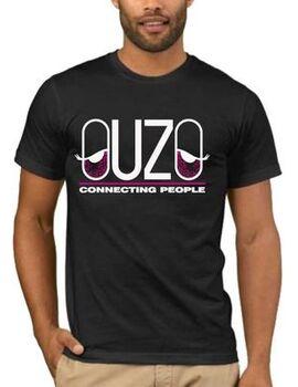 Αστεία T-shirts Ouzo Connecting People
